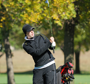 Bolin watches approach shot at state