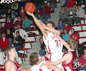 Kevin Liss soars for Cardinals