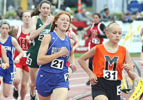 Andrea Weeder on way to 3200 victory