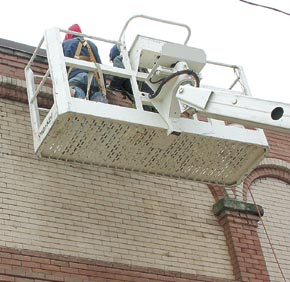 Tuckpointing work in downtown Albion.