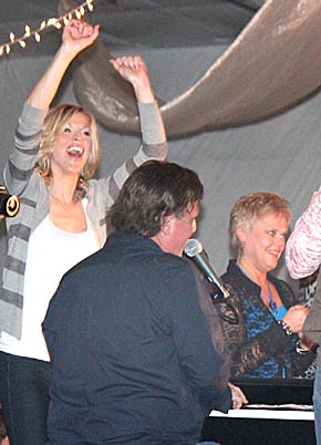 Colleen Knott and Kim Heying enjoy the music at the Boone County Health Center Gala Saturday night.