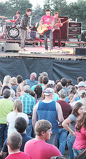 Love & Theft performs at the Boone County Fair.