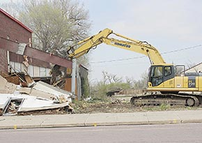 Demolition of former Billy Bob's building.