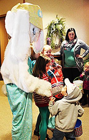 Kids with the Easter Bunny