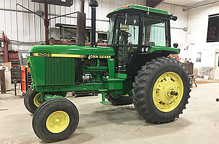 1989 John Deere 4055 brought $93,000 at a Dec. 19  auction near St. Edward. Seller was Ted Mahood.