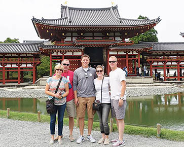 TEMPLE VISIT -- Licia (l.-r.) and Kevin Kunzman, Dana and Olivia Torczon, and Julian Kunzman visited Japan's famous Byodoin Temple.