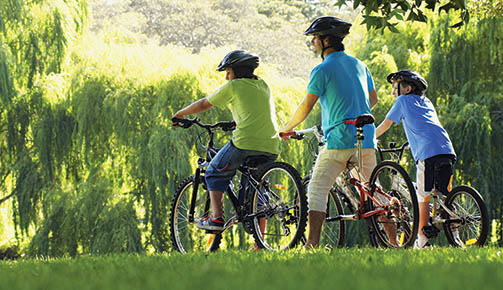 web, 6-21, family on recreational trail